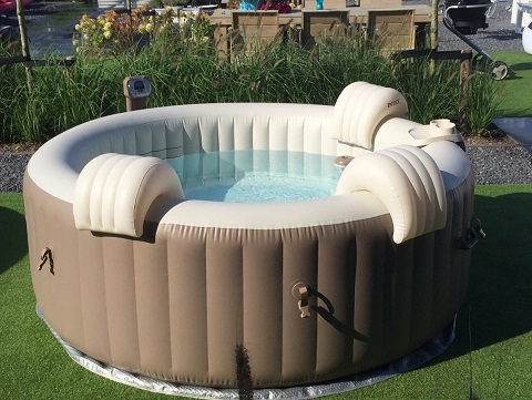 Intex purespa bubble in de showtuin